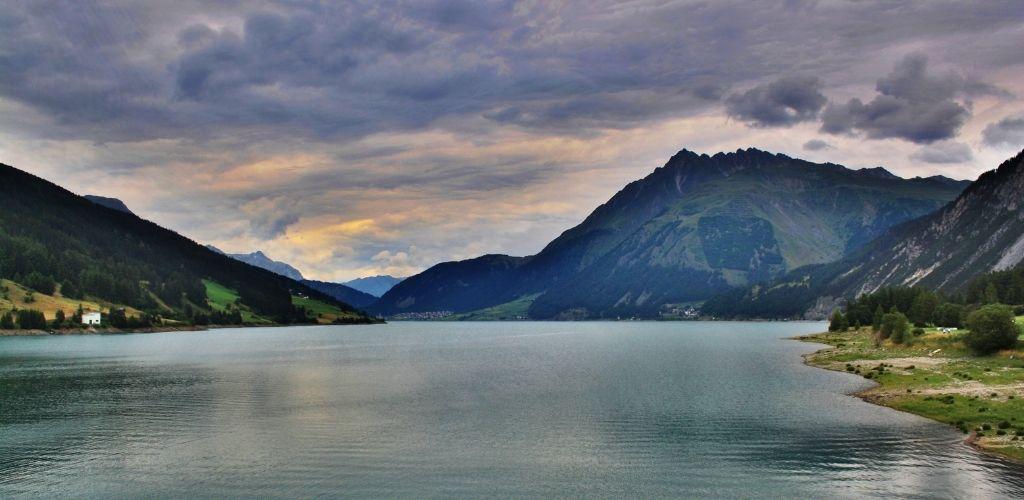 Urlaub in den Alpen am See